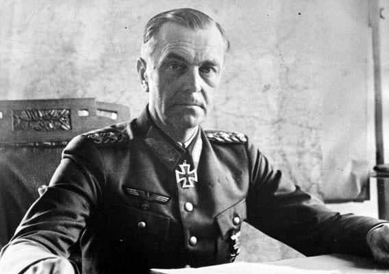 Friedrich Paulus mandaba al 6º Ejército nazi alemán en Stalingrado y se rindió a los rusos soviéticos, fue el primer Mariscal de Campo nazi alemán que fue capturado vivo. WWII Pictures