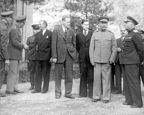 Iósif Stalin, en la Conferencia de Teherán. Sputnik Mundo.