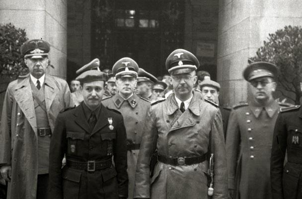 Heinrich Himmler junto a José Finat y Gerardo Caballero en San Sebastian. Pascual Marín Kutxa Fototeka (Kutxa Photograph Library)