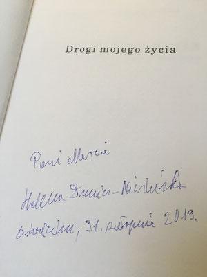 """Mi ejemplar del libro """"Drogi mojego życia - Wspomnienia skrzypaczki z Birkenau"""" firmado por Helena Dunicz-Niwińska."""