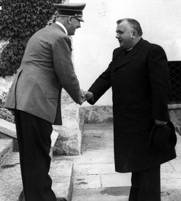 Adolf Hitler con Josef Tiso en julio de 1940.