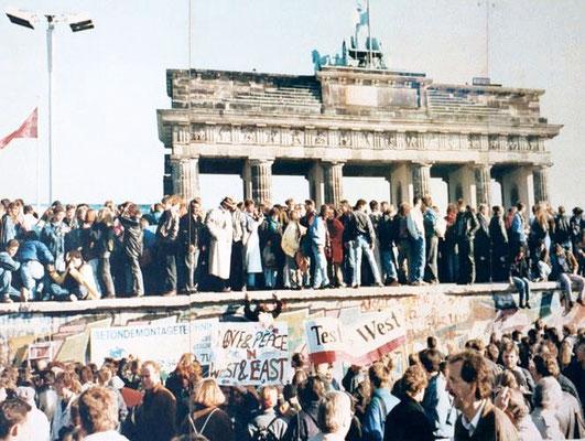 Caída del Muro de Berlín. Lear 21 CC BY-SA 3.0.
