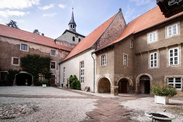 1899 - Ferienhaus, Seminarhaus und Kochwerkstatt in Wittmar / Rittergut Lucklum - Kirche