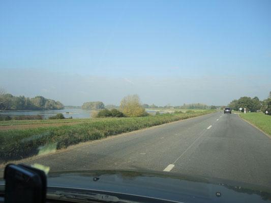 an der Loire entlang