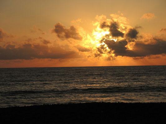 Sonnenuntergang am Strand bei La Bombilla