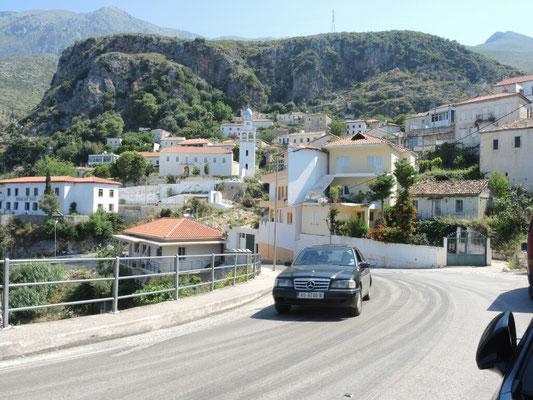 das typische albanische Auto