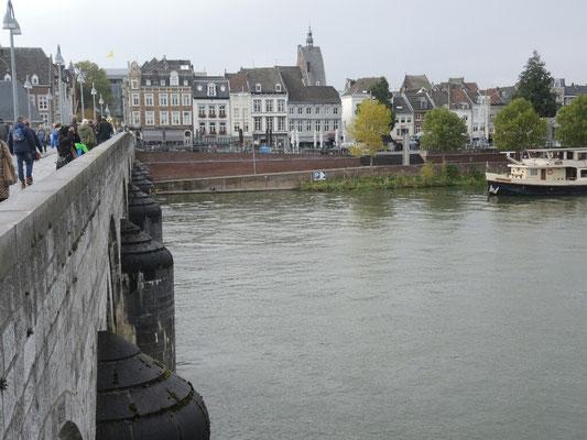 ... und schon in Holland - Maastricht