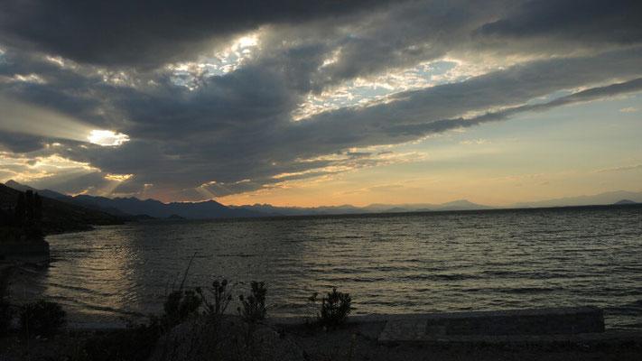 Sonnenuntergang am Skutari-See