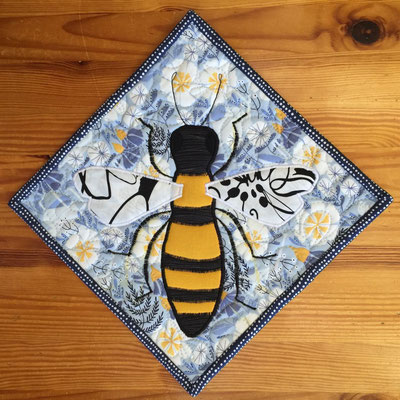 Save the Bees Potholder/Mini-Quilt front