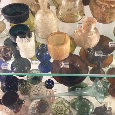 Glass Exhibit, Victoria & Albert Museum, London, England Photo credit: Amy Mundinger, 2017