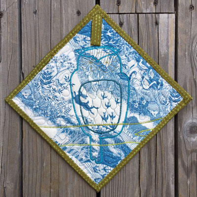 Owl - Blue Potholder/Mini-Quilt backside