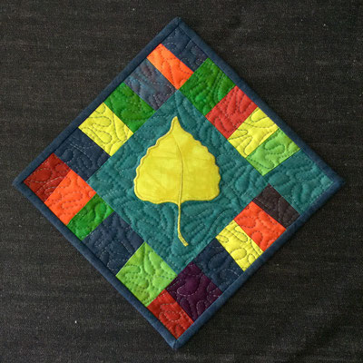 Leaf Potholder/Mini-Quilt with a colorful border