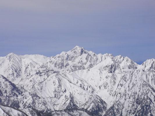 唐松岳頂上山荘から望む剣岳
