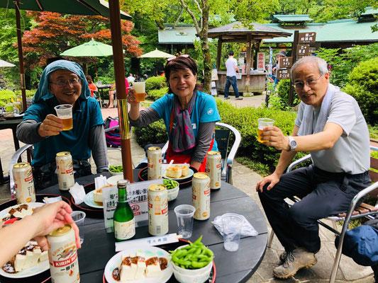 高水三山、澤乃井ガーデンで打ち上げ