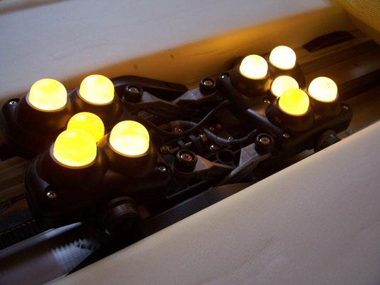 Bild: MIGUN HY 7000 elektrische Massageliege - Blick ins Innere der Massageliege
