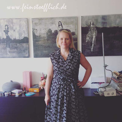 9. Mai Wickelkleid nach Fashionstyle vom letzten Sommer, Baumwolle vom Maybachufer