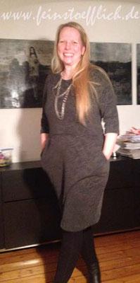 Lora aus der La Maison Victor aus Jersey mit Ausbrenner Muster