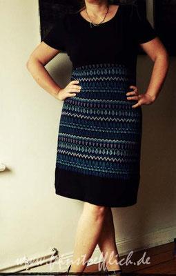 Kleid aus älterer Knip glaub ich, Stoff vom Stoffcentrum