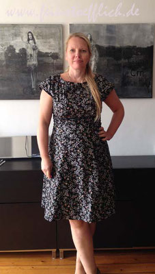 Anna Dress von byhandlondon