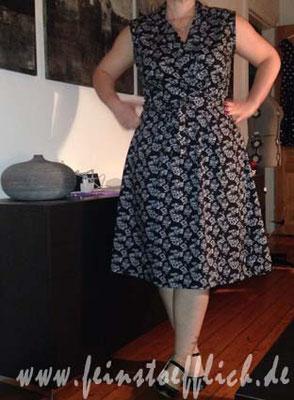 Wickelkleid aus Fashionstyle/Knipmode, Stoff Maybachufer