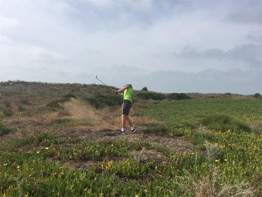 Golfpunk-Redaktuer Fritz in seiner natürlichen Umgebung #nofairway (©Timo Schlitz)