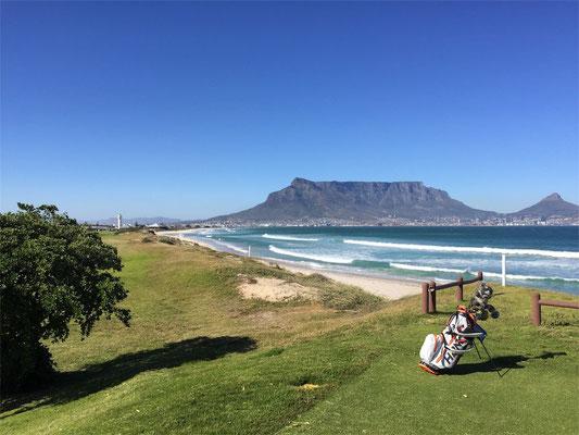 Timo Schlitz beim Golfspiel in Südafrika