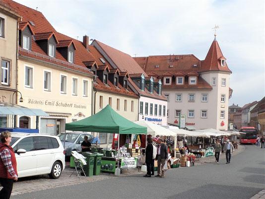 Händlermeile auf dem Marktplatz von Wilsdruff