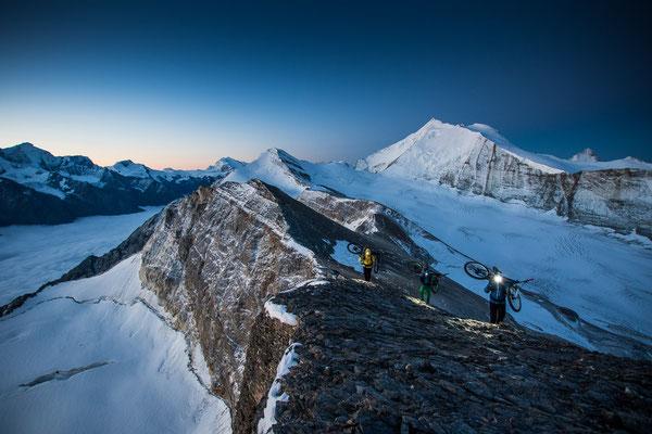 MB 003 - Rider: Florian Häusler, Robert Härle und Florian Bergmann - Location: Walliser Alpen, Schweiz