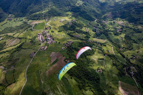 PA 076 - People: Federico Brown Manzone und Verena Siegl - Location: Parco Nazionale dell'Appennino, Italien