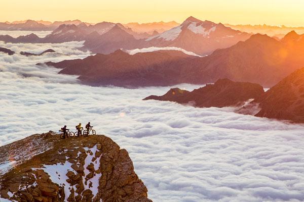 MB 004 - Rider: Florian Häusler, Robert Härle und Florian Bergmann - Location: Walliser Alpen, Schweiz