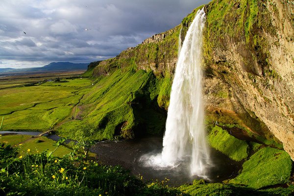 EV 002 - Location: Seljalandsfoss, Island