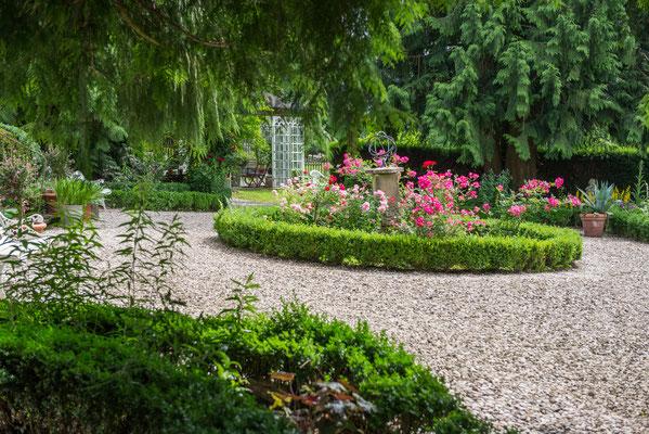 Rondell im Garten Altes Forstamt im Teutoburger Wald