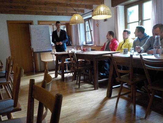 Europas Businessteamcoach No.1 auf Seminar im Allgäu