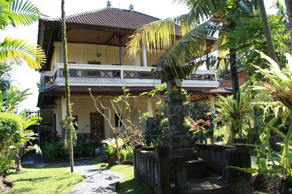 Ubud - The White House