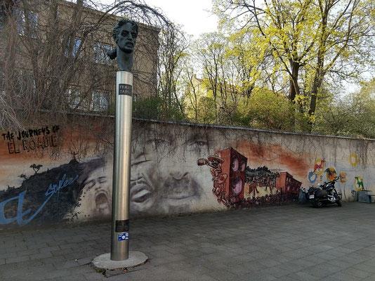 Frank Zappa in Vilnius