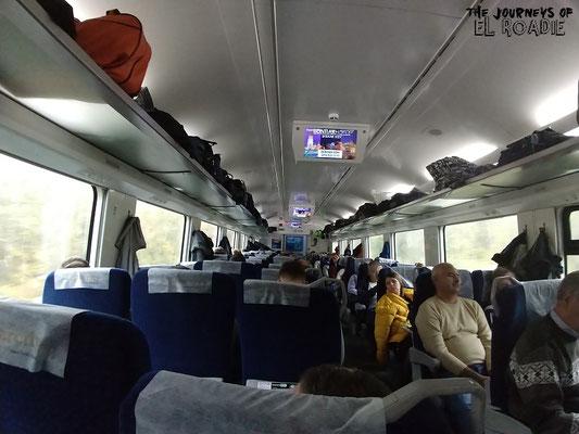 Moderner und Komfortabler Zug zwischen Charkiw und Kiew