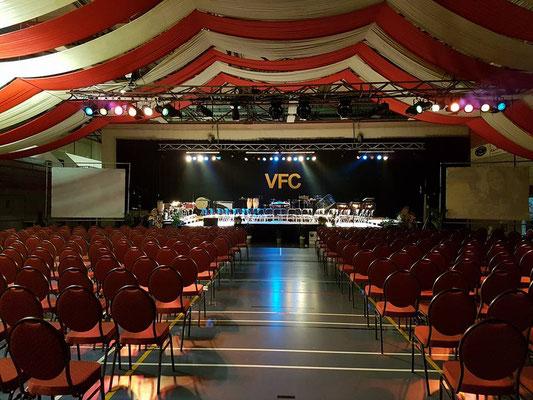 Zaal klaar voor het concert