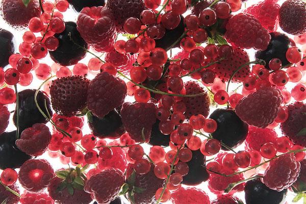 rote Früchte - Foodfotografie - Fotokunst von Jürgen Müller