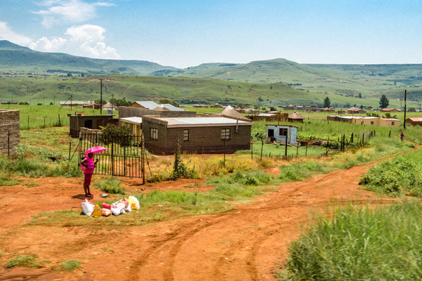 Busfoto - Auf dem Weg in die Drakensberge - P3010944