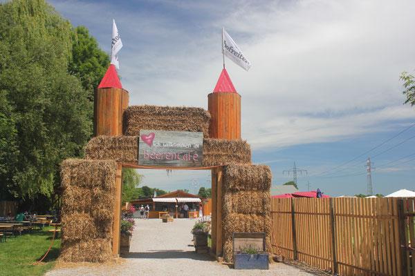 Der Eingang zu unserem BeerenCafé in Lochhausen.