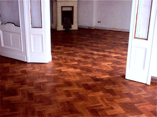 Heringbone parquet with hard oil