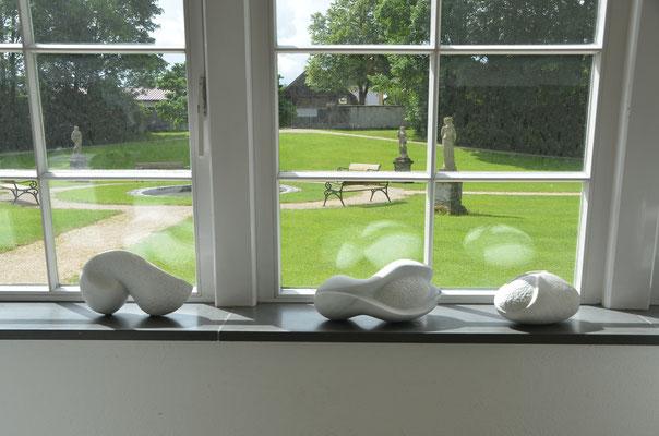 www.kunstarsenal-ravensburg.de  - Steinskulpturen aus Laaser Marmor