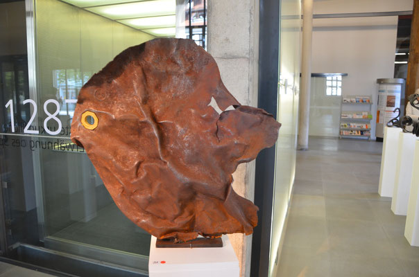 "2015 Dr. Dietmar Hawran - www.kunstarsenal-ravensburg.de -   Metallobbjekt ""Fisch"", ca. 50 cm"