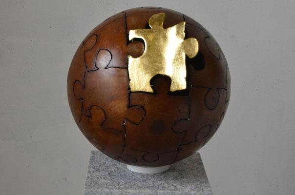 "2017 Dr. Dietmar Hawran - www.kunstarsenal-ravensburg.de - Metallobjekt "" es ist vollbracht"" DM ca. 45cm"