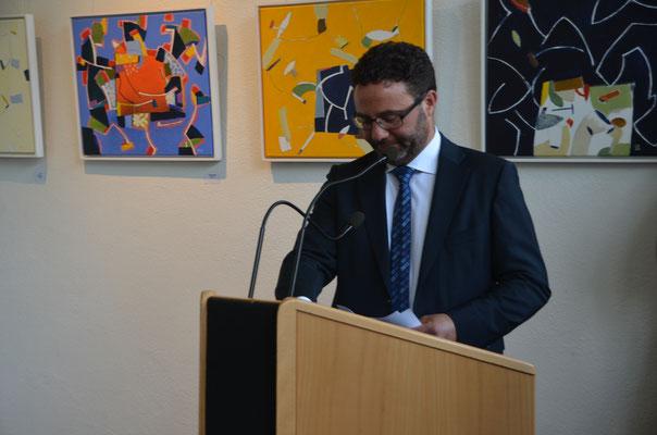 www.kunstarsenal-ravensburg.den - Bürgermeister Müller bei der Begrüßungsansprache