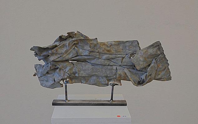 2014 Dr. Dietmar Hawran - www.kunstarsenal-ravensburg.de -Schrottobjekt, ca. 20 x 30 cm