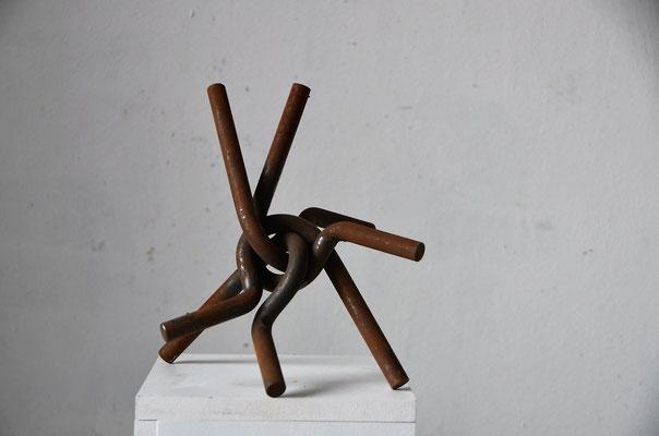 1995 Dr. Dietmar Hawran - www. kunstarsenal-ravensburg.de -Metallobjekt, ca. 20 x 15 cm