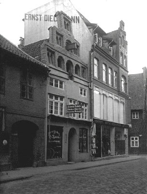 Ricklefs, Grapengießerstr. 17, 1955 abgerissen.Foto vom Arbeitskreis Lüneburger Altstadt e.V.