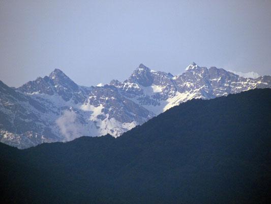 die Berge lassen sich zum ersten Mal sehen
