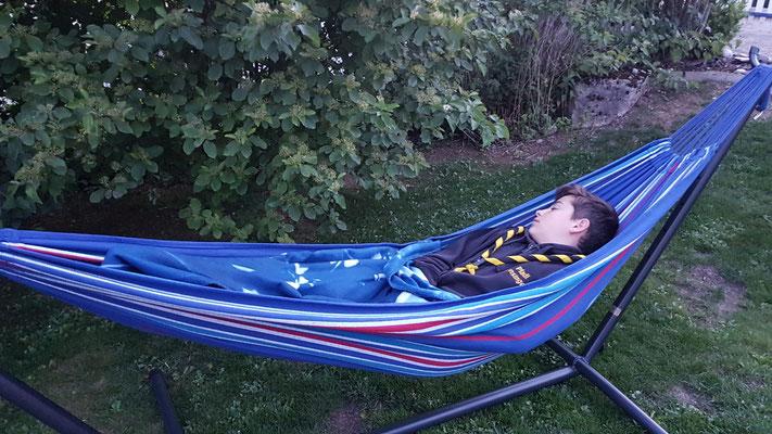 KaPfiLa @ Home mit Lupo und Apollo - draussen schlafen